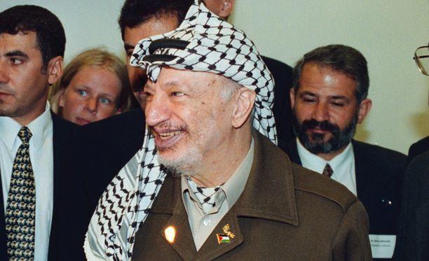 Arafat Suomen-vierailulla vuonna 1999.