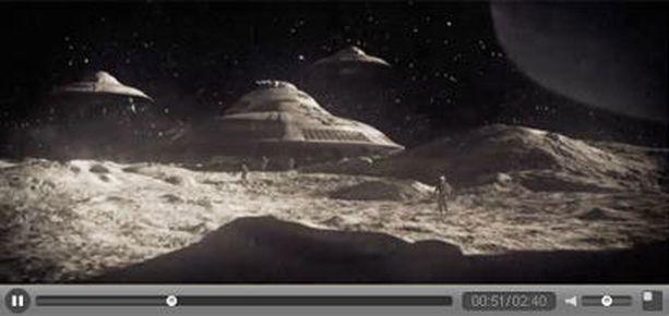 Elokuvassa natsit rakentavat kuun pimeälle puolelle salaisen tukikohdan.