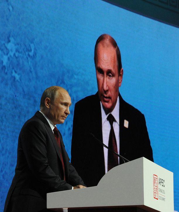 Putinin Venäjä kääntyy tarvittaessa myös esimerkiksi Euroopan oikeiston puoleen.