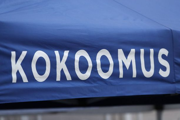 Ex-toiminnanjohtajan työsuhde puolueeseen päättyi huhtikuun alussa.