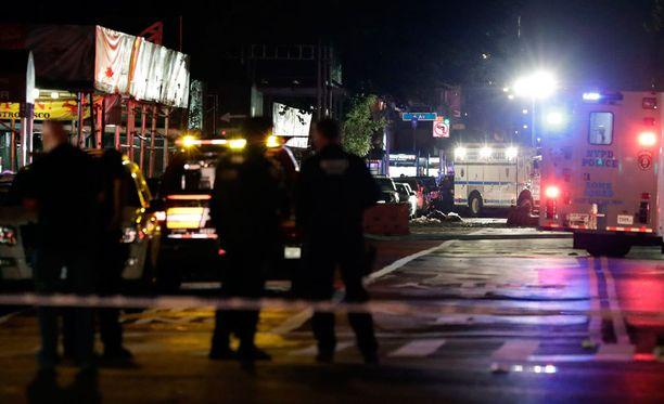 New Yorkin Manhattanilla on sattunut voimakas räjähdys, jossa ainakin 25 kerrotaan loukkaantuneen.