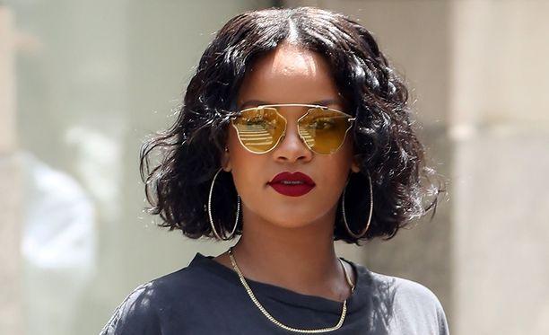 Rihanna on syystäkin huolissaan turvallisuudestaan.
