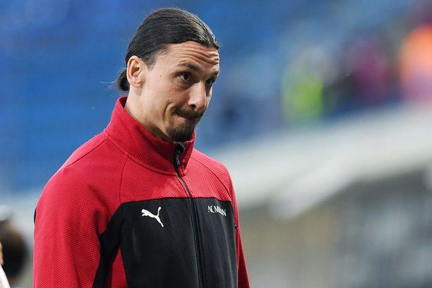 Zlatan Ibrahimovic joutui kieltäytymään maajoukkueen harjoittelukutsusta loukkaantumisen takia.