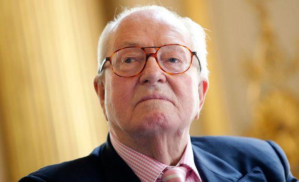 Äärioikeistolaisen puolueen ex-johtaja Jean-Marie Le Pen sai valtavat sakot.