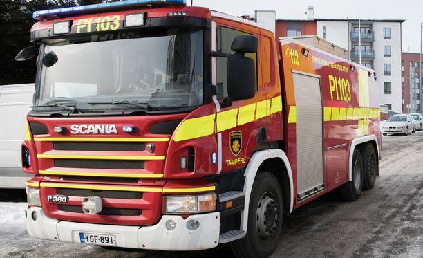 Palokuntaa on paikalla sekä Keski-Suomesta että Pirkanmaalta. Arkistokuva.