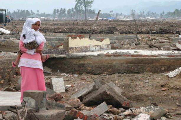 Vuoden 2004 tsunami teki valtavan suurta tuhoa Intian valtameren rannoilla.