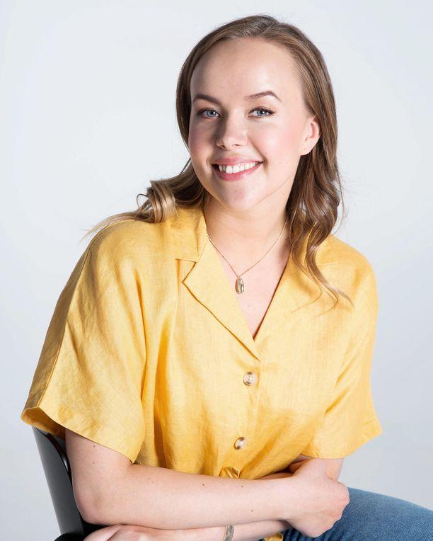 Ensimmäisen lapsensa Sara Parikka sai 23-vuotiaana.