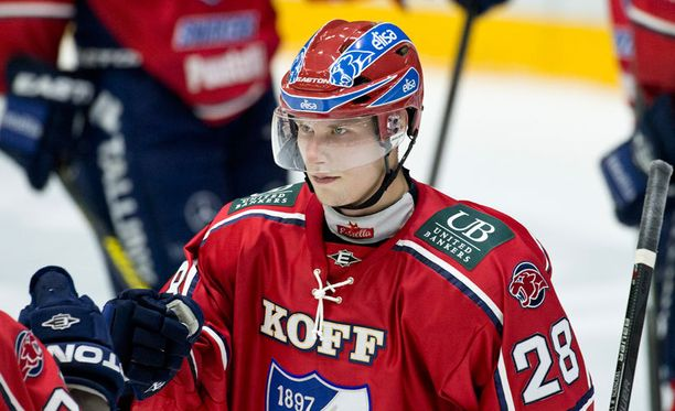 Jasse Ikonen vei HIFK:n jatkoon kahdella maalillaan.