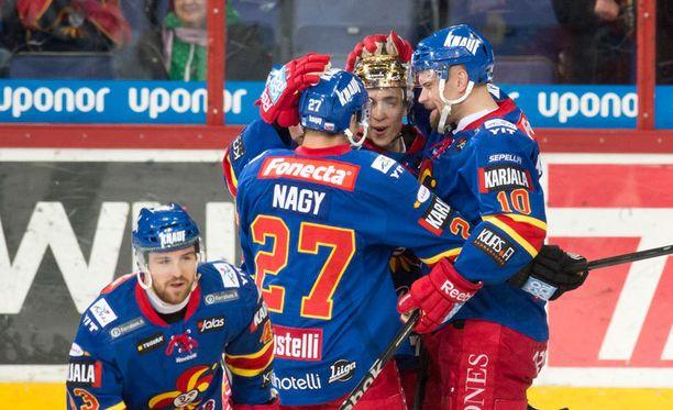 Jokerit pelaa samassa divisioonassa yhdessä Pietarin SKA:n kanssa.