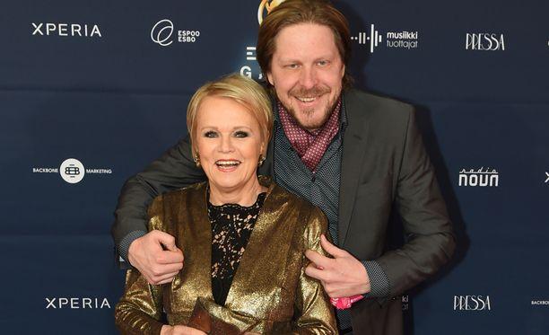 Katri Helena ja Tommi Liimatainen eivät anna ikäeron haitata.