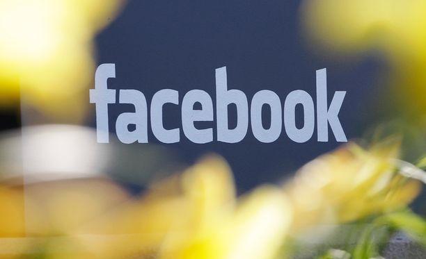 Facebook perää käyttäjiltään vastuullisuutta.