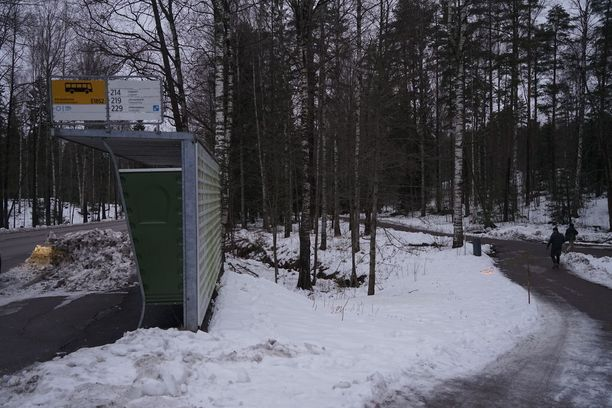 Poika löytyi kuolleena maastosta Karakalliosta Espoosta.