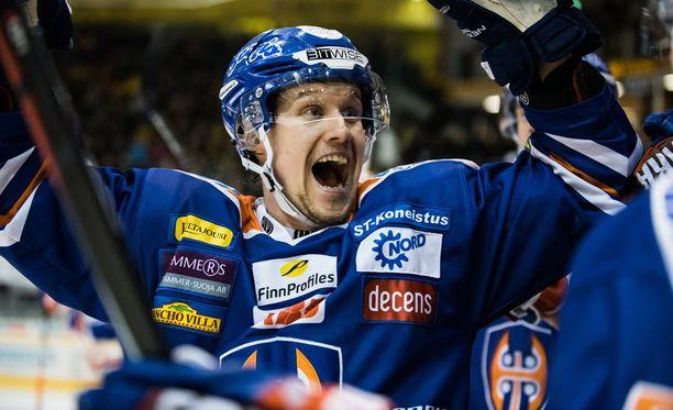 Alexander Bonsaksen kuului Tapparan mestarijoukkueisiin.