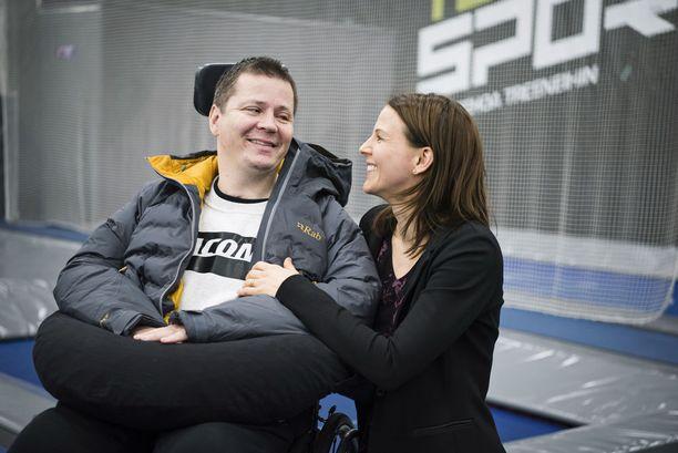 Jari ja Sanna Mönkkönen ovat oppineet arvostamaan aivan uusia asioita.