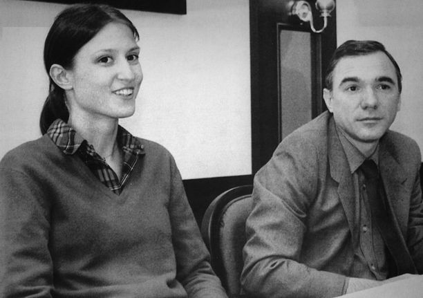 Viktoria Mullova loikkasi länteen yhdessä silloisen miesystävänsä, kapellimestari Vakhtang Jordanian kanssa.
