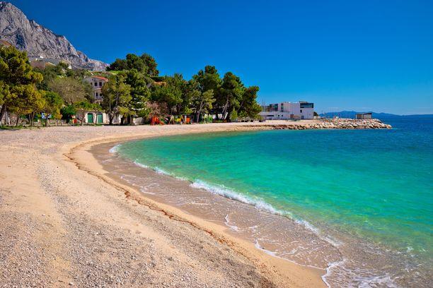 Kroatian rannikolla sijaitseva Makarskan Riviera on kuuluisa upeista rannoista, joita riittää kilometritolkulla.