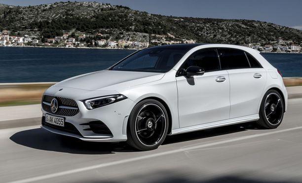 Uusi A-Mercedes nähdään Suomen kaupoissa vapun jälkeen.