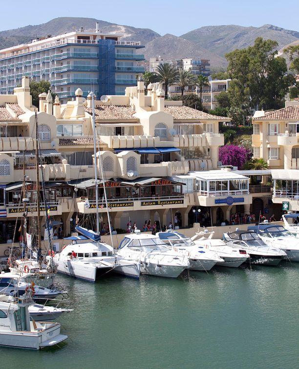 Jari Sillanpään Espanjan asunto sijaitsee suositulla Puerto Marinan alueella.