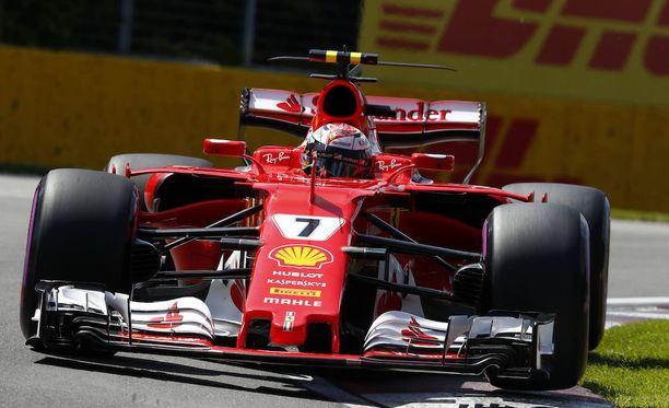 Kimi Räikkönen joutui pettymään Kanadan GP:n aika-ajossa.