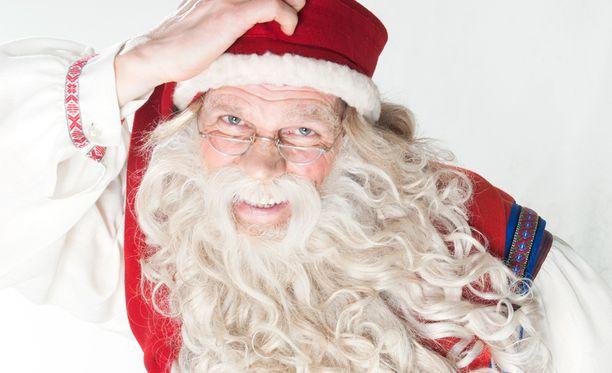 Lapsilla lienee taas paljon kerrottavaa joulupukille.