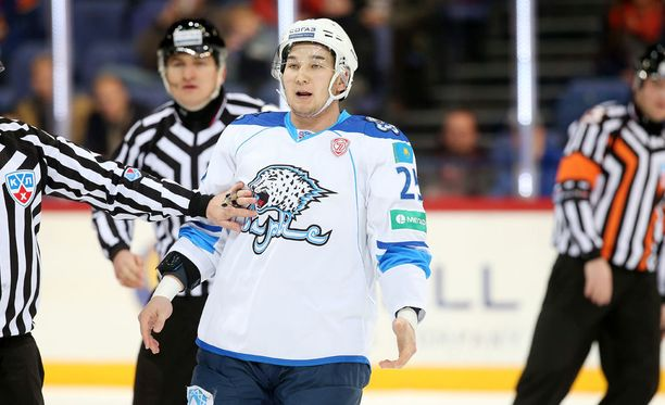 Damir Ryspajevin saldo KHL:ssä on 23 ottelua ja 194 jäähyminuuttia ja nolla tehopistettä.