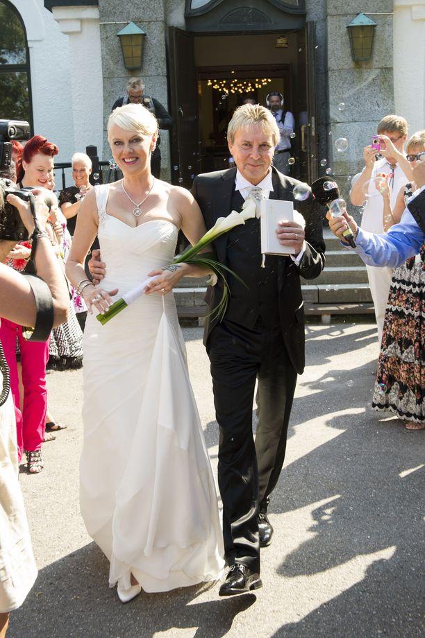 Matti Nykänen avioitui Pia Talonpojan kanssa vuonna 2014.