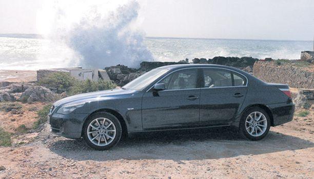 IMAGOAUTO BMW:n muotoilu on onnistunut säilyttämään hyvin imagonsa, minkä vuoksi muutoksetkin lienevät hyvin maltillisia.