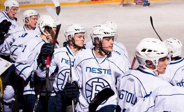 Espoo United ylsi viime kaudella Mestis-pronssille. Kausi oli uuden seuran ensimmäinen.