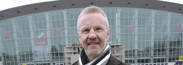 Kari Jalonen ei huhuista huolimatta ollut Espanjassa vaan kävi sunnuntainakin työpaikallaan Helsingin jäähallissa.