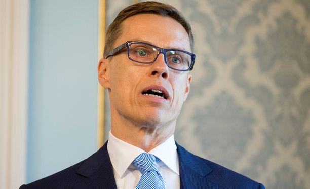 Stubb ei halua ottaa kantaa Kreikan lainaohjelman pidennykseen.
