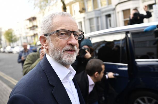 Jeremy Corbynin kuva oli brittisotilaiden maalitauluna.