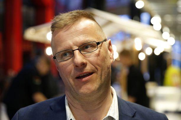 Perussuomalaisten kansanedustaja Petri Huru ei ymmärrä poliisin järjestämiä sakkorysiä. Arkistokuva.