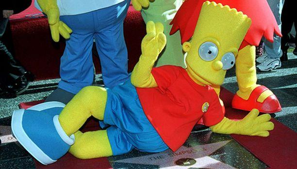 Bart tarjoaa kohta viihdettä livenä.