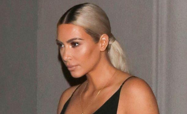 Kim Kardashianin mainoskikka ei ilahduttanut kaikkia.