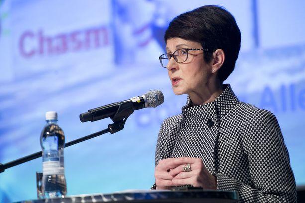 Sari Baldauf on Fortumin hallituksen puheenjohtaja. Sari Baldauf on kiistänyt, että Fortum harjoittaisi aggressiivista verosuunnittelua Kostiaisen kysyessä asiasta Fortumin varsinaisessa yhtiökokouksessa vuonna 2015.