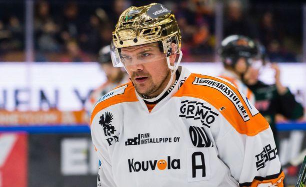 Juha-Pekka Haataja iski kaksi maalia KooKoon 4-3-voitossa Kärpistä.