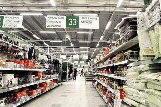 UHKASI PÄÄSIÄISTÄ Isojen markettien lakko uhkasi hankaloittaa monen pääsiäisen viettäjän ruokaostoksia.