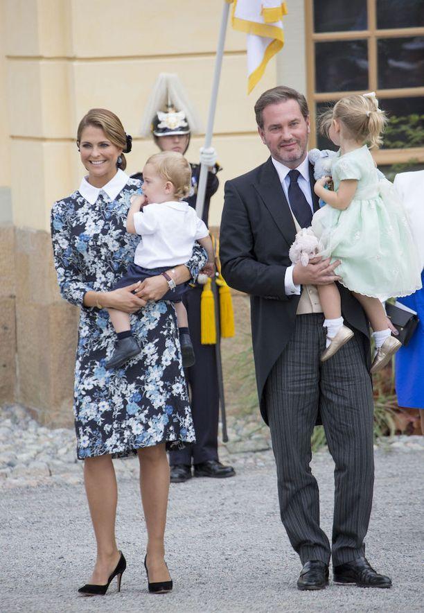Madeleinen ja Chrisin perheeseen kuuluvat myös lapset Leonore ja Nicolas.