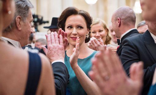 Jenni Haukio avasi sanaisen arkkunsa Linnan vieraista Facebookissa.