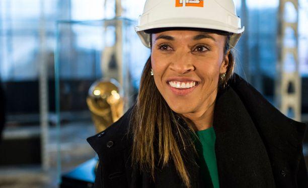 Marta on Rion naisten jalkapallon supertähti.