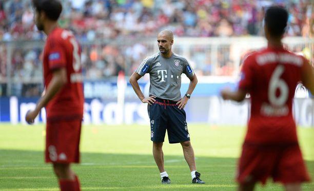 Pep Guardiola aloittaa kolmannen kautensa Bayern Münchenin peräsimessä.