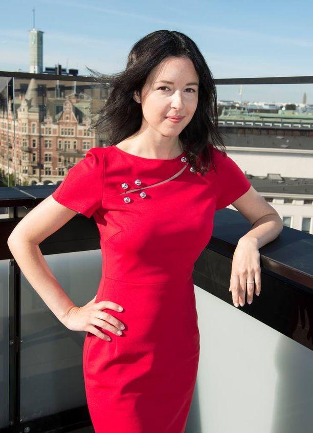 Regina Slepak etsii venäläisille sijoituskohteita Suomesta.