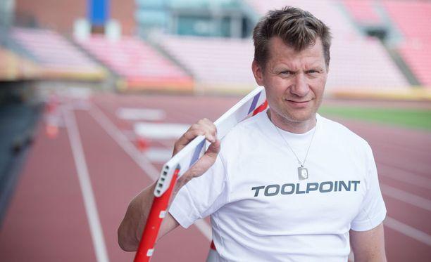 Toni Roponen, 44, toimii tällä kaudella Iltalehden yleisurheiluasiantuntijana.