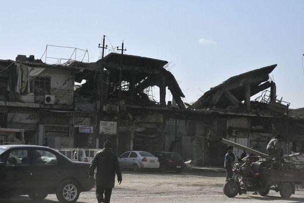 Mosulin kaupunki on taistelujen jäljiltä lähes kokonaan raunioina.