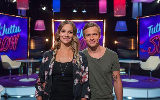Konsta Hietanen esittelee vaimonsa tv:ssä: Tässä on Aami!