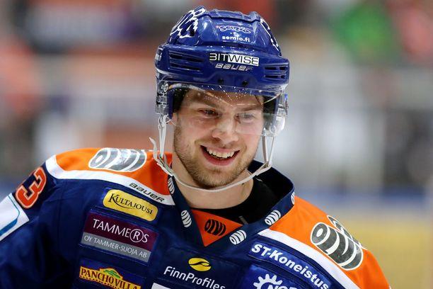 Veli-Matti Vittasmäki on alakerran monipuolinen osaaja.