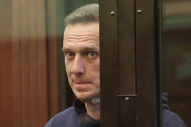 Aleksei Navalnyi lopettaa syömälakkonsa. Kuva otettu oikeudenkäynnissä Moskovassa helmikuussa.