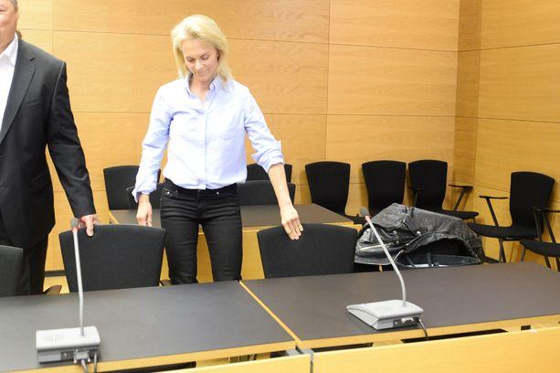 Komulainen kiisti syytteet ja väitti, että syytteen nostaja oli syyllinen törmäykseen.
