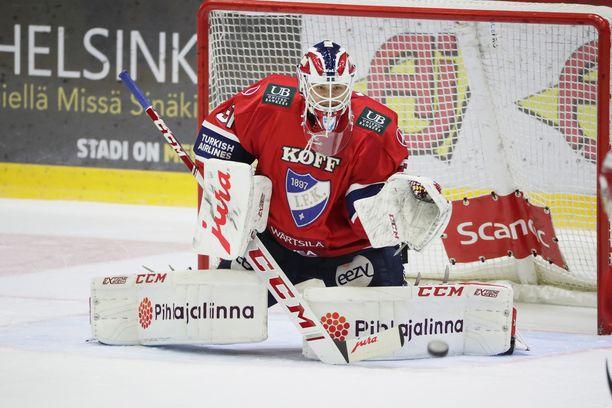 HIFK:n maalilla torjui Niilo Halonen, kun ykkösvahti Frans Tuohimaa oli lievän loukkaantumisen takia sivussa.