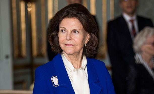 Kuningatar Silvia joutui sairaalahoitoon joulun alla flunssan ja huimauksen takia.